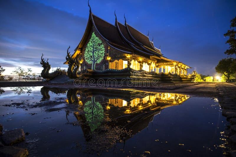 Bello tempio da Ubonratchathani, Tailandia immagine stock