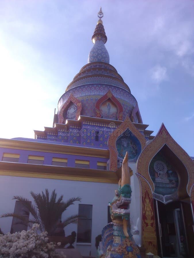 Bello tempio di Thaton del maeai Tailandia fotografie stock