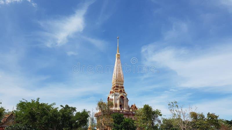 Bello tempio, Phuket, Tailandia (Wat Chalong) immagini stock libere da diritti