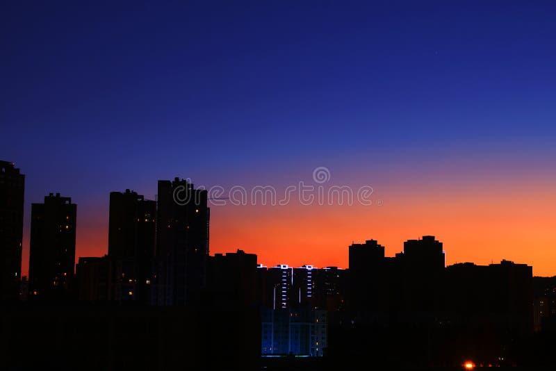 Download Bello tramonto immagine stock. Immagine di fascino, molti - 56891311