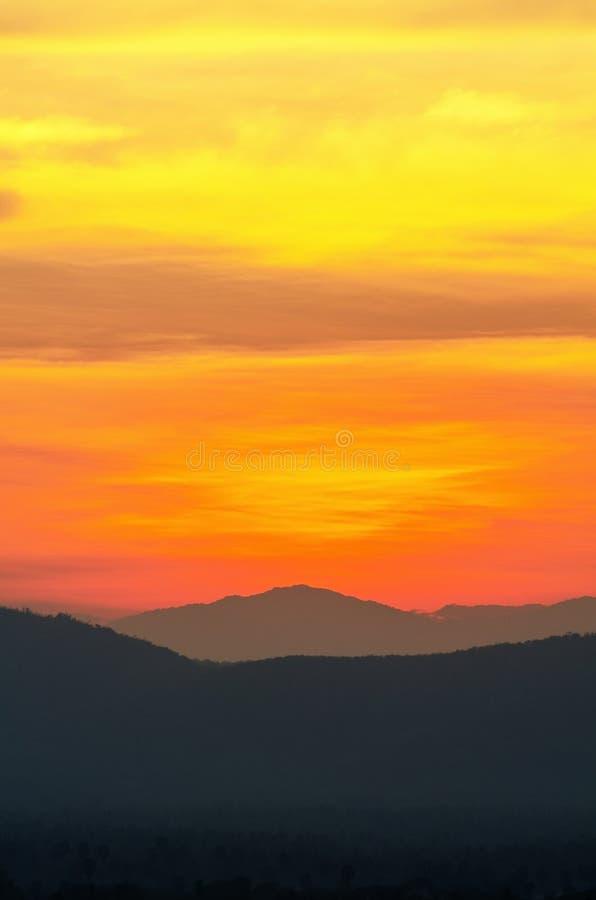 bello tramonto del cielo fotografia stock libera da diritti