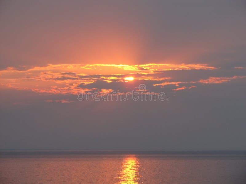 Bello tramonto sopra il lago Michigan fotografia stock