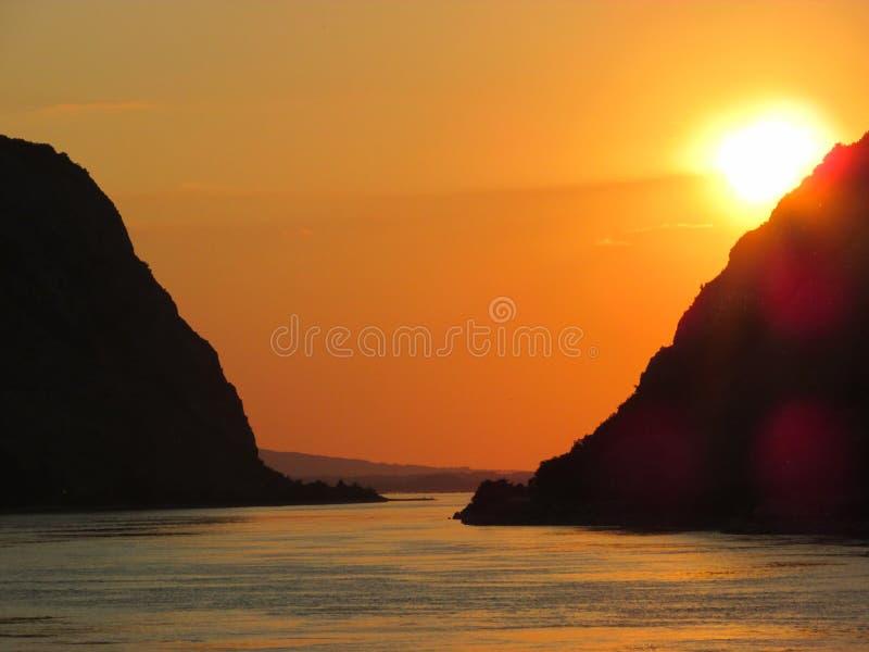 Bello tramonto sul Danubio in Serbia immagine stock libera da diritti