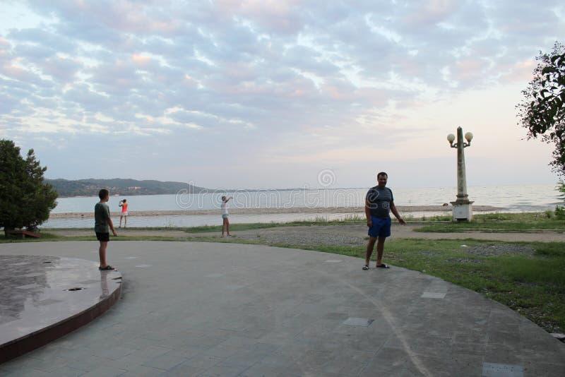 Bello, uguagliando passeggiata in Abkhazia fotografia stock libera da diritti