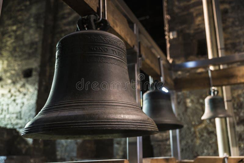 Bells du carillon de tour de cloche à Gand, Belgique photos stock