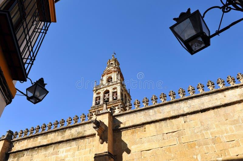 Belltower av domkyrkamoskén av Cordoba, Spanien arkivbild