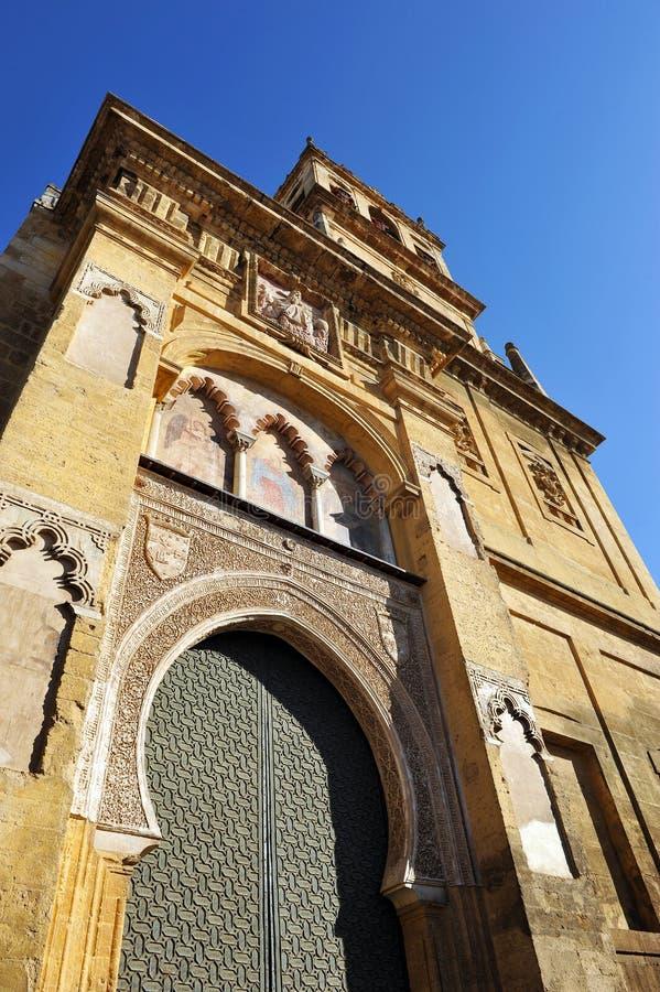 Belltower av domkyrkamoskén av Cordoba, Spanien arkivfoto