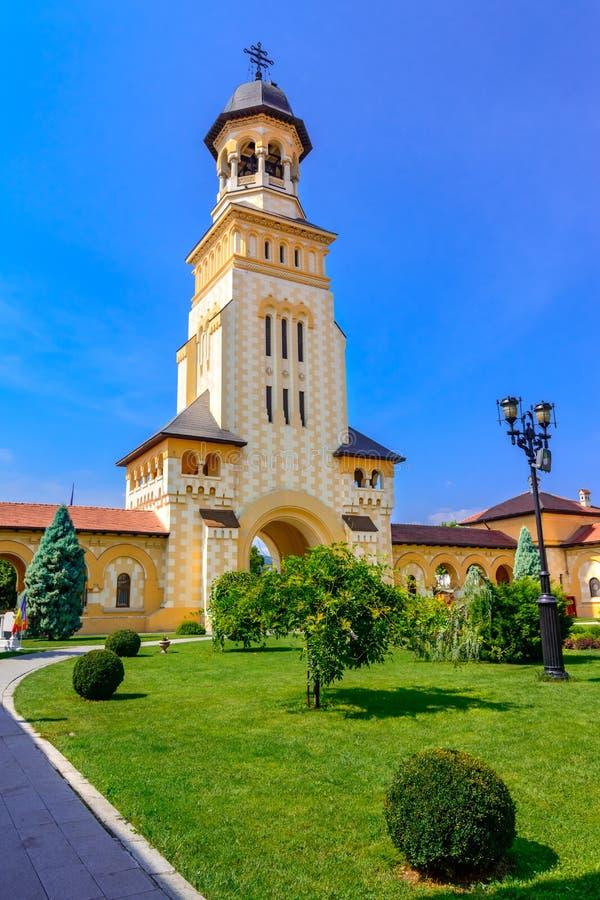 Belltower van Aartsbisschoppelijke Kathedraal, Alba Alba Iulia, Roemenië stock afbeelding