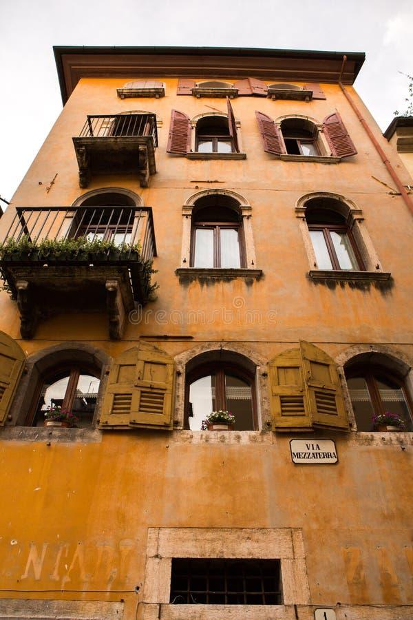 BELLUNO, ΙΤΑΛΙΑ â€â⠂¬Å «ΣΤΙΣ 3 ΜΑΐΟΥ 2019: το ιστορικό κέντρο πόλεων Belluno Περιοχή του Βένετο, της βόρειας Ιταλίας στοκ φωτογραφίες