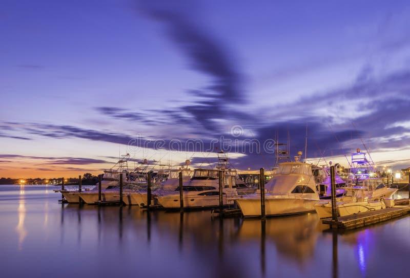 Belmar marina i nytt - ärmlös tröja royaltyfria foton