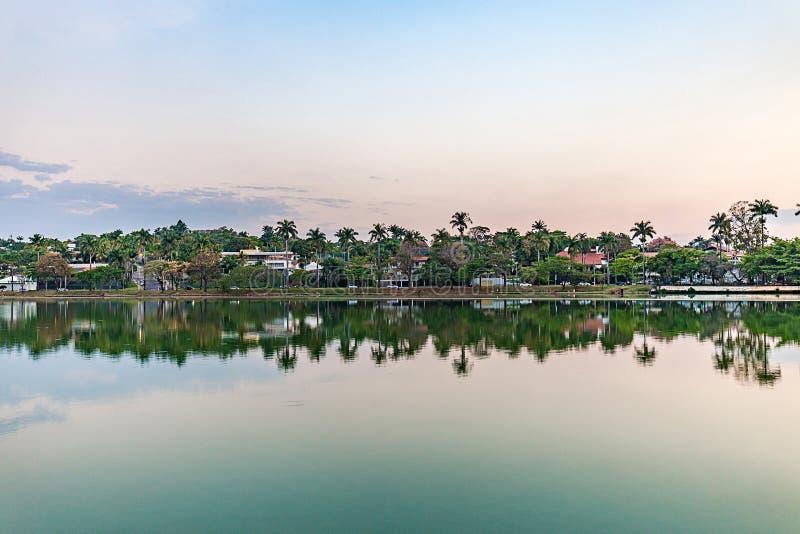 Belo Horizonte, Minas Gerais, Brasile Vista del lago Pampulha nella s fotografia stock