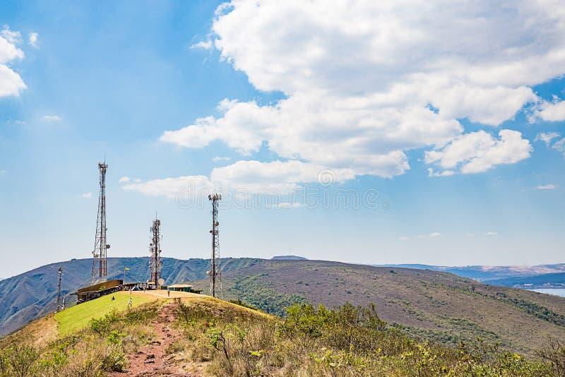 Belo Horizonte, Minas Gerais, Brasile Volo dell'aliante dalla cima fotografie stock libere da diritti