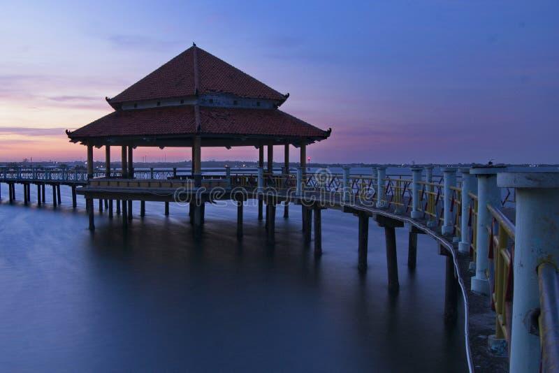 Belvédère fort chez Pantai Kartini Jepara photographie stock libre de droits