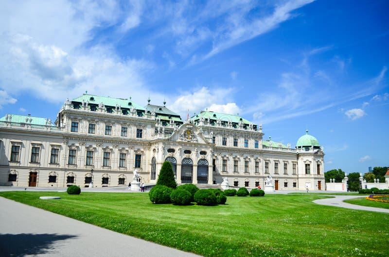 Belvedere del palacio de verano en Viena fotos de archivo