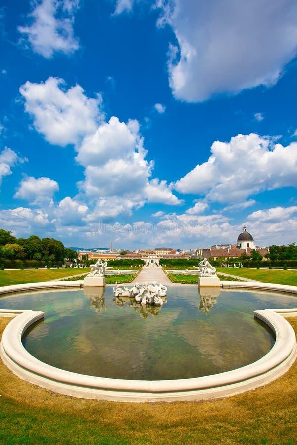 Belvedere een paleis complex in Wenen stock afbeelding