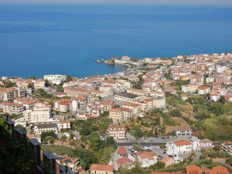 Belvedere Marittimo - panorama do castelo fotos de stock royalty free