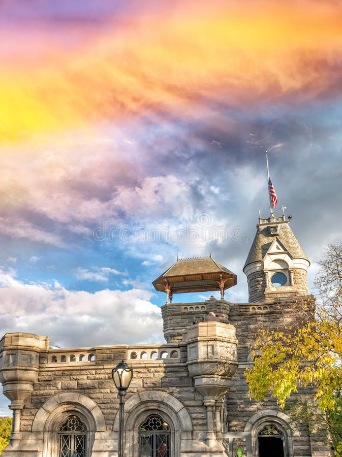 Belvedere-Schloss in der Laubjahreszeit, Central Park, New York City lizenzfreies stockbild