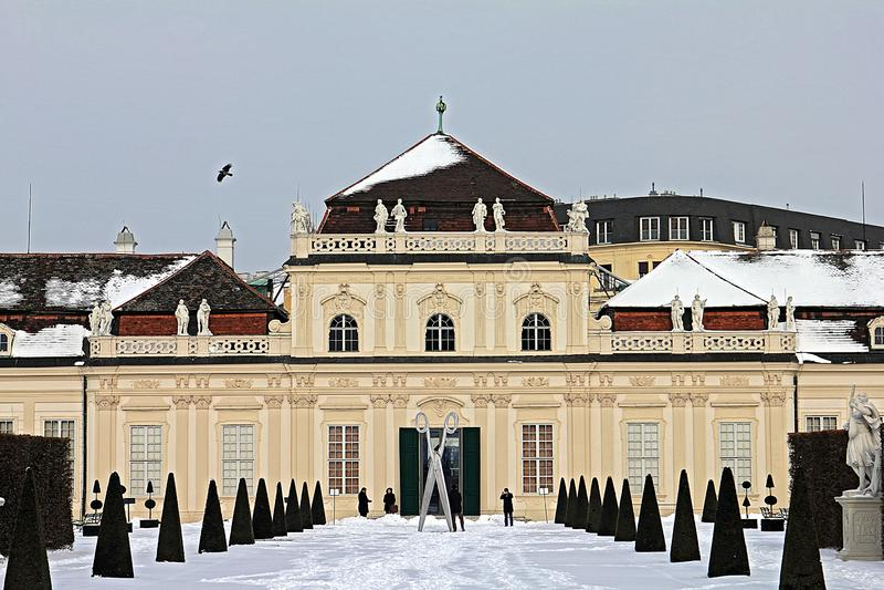 Belvederepalast und -garten in Wien Senken Sie Belvedere stockbilder