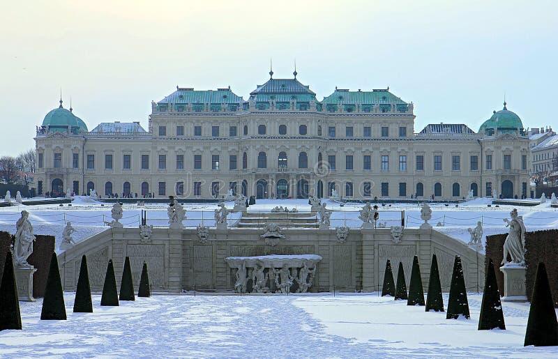 Belvedereslott och trädgård i Wien ÖvreBelvedere royaltyfri fotografi