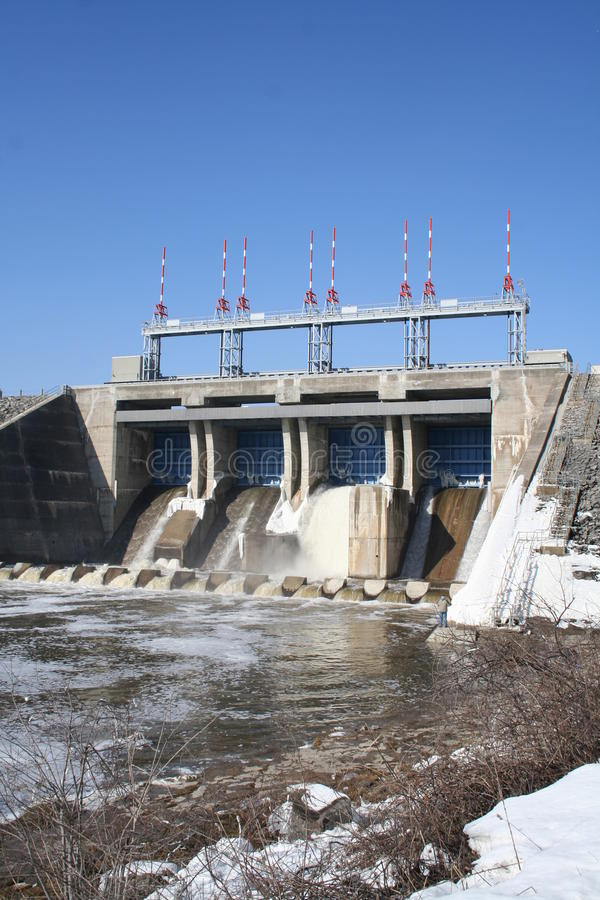 Free Belwood Dam Royalty Free Stock Photos - 13383158