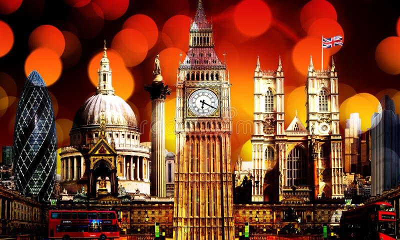 Belysning på byggnader för London horisontgränsmärke arkivbild
