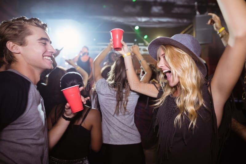 Belzebuby tanczy w klubie nocnym obrazy stock