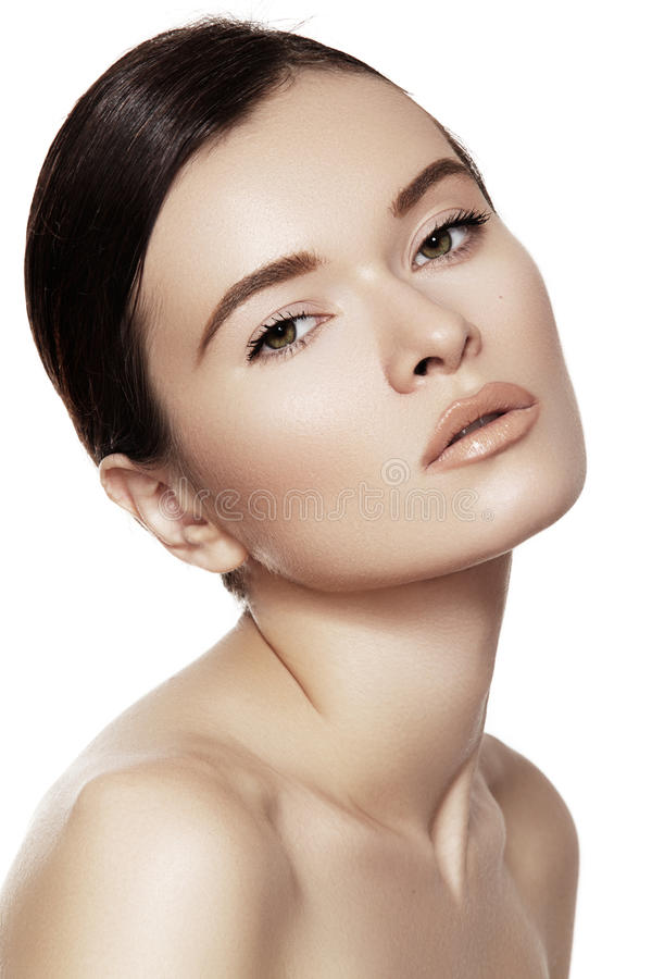 Bem-estar & beleza dos termas Modelo com pele limpa & composição natural imagem de stock royalty free