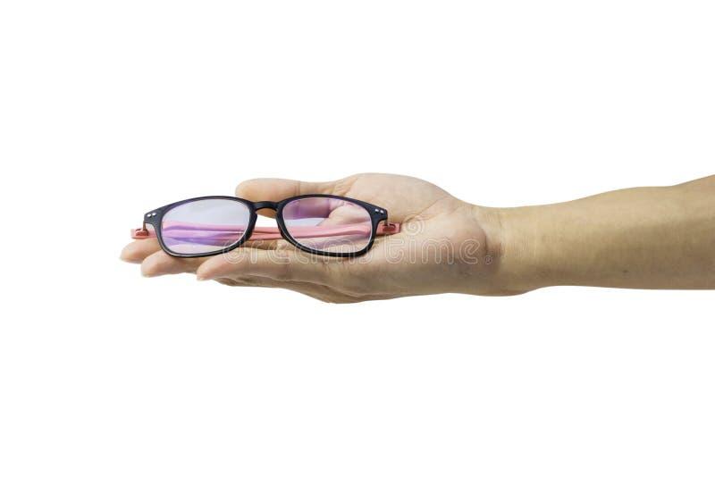 Bemannen Sie die Hand, die Gläser lokalisiert auf weißem Hintergrund hält lizenzfreie stockfotografie