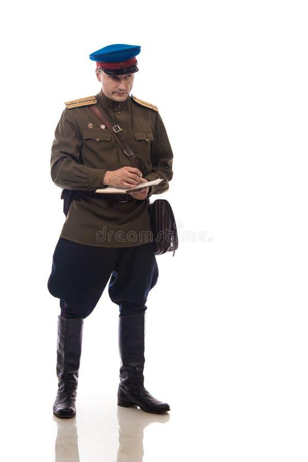 Bemannen Sie Schauspieler in Form einer Offizierkapitän People ` s Intendantur von inneren Angelegenheiten von Russland vom Zeitr stockbilder