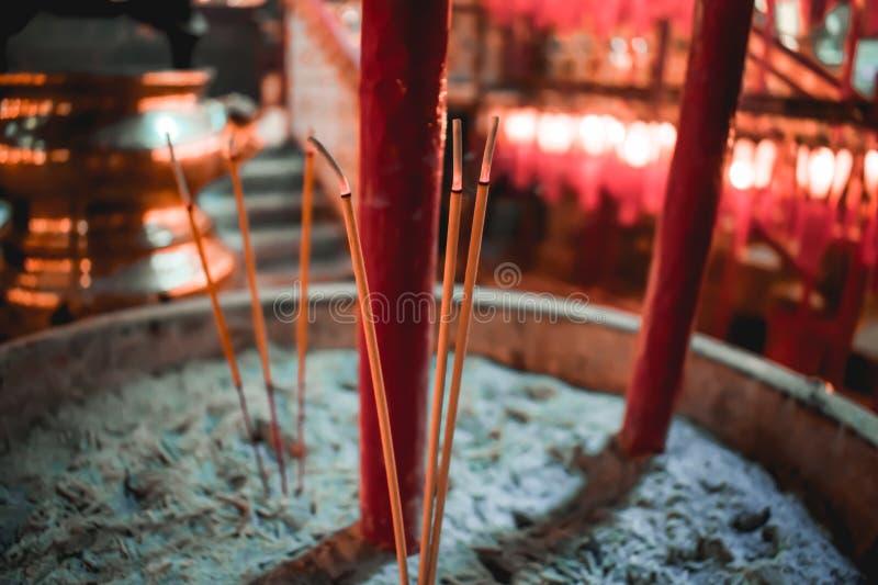 Bemerkte brandende joss stok in Hong Kong China stock fotografie