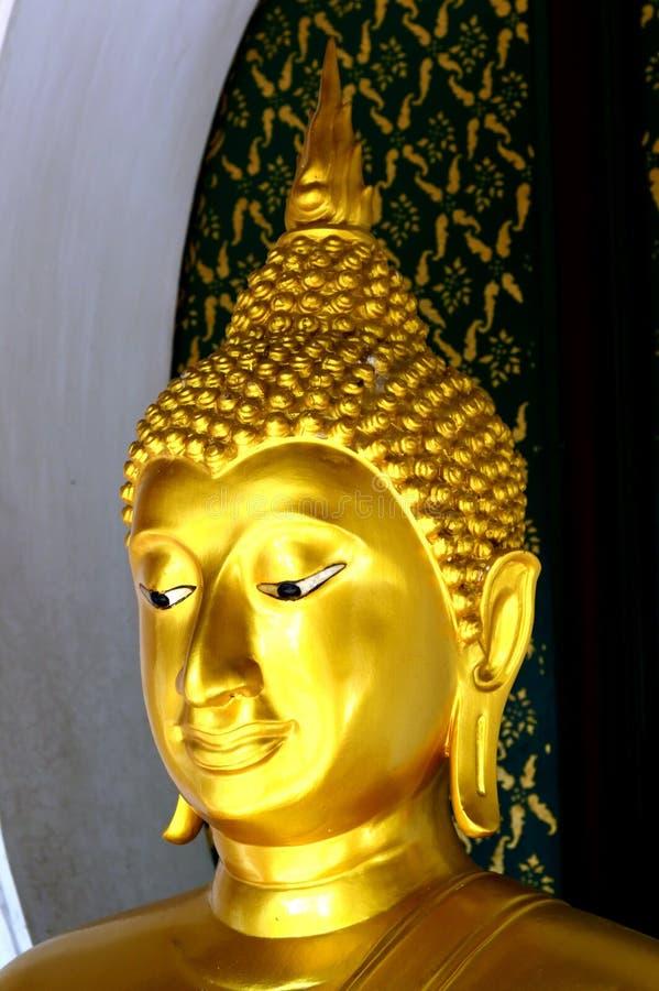 Bemiddel aan mara Boedha, Thailand stock afbeelding