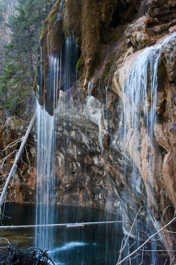 Bemoste waterdaling stock foto