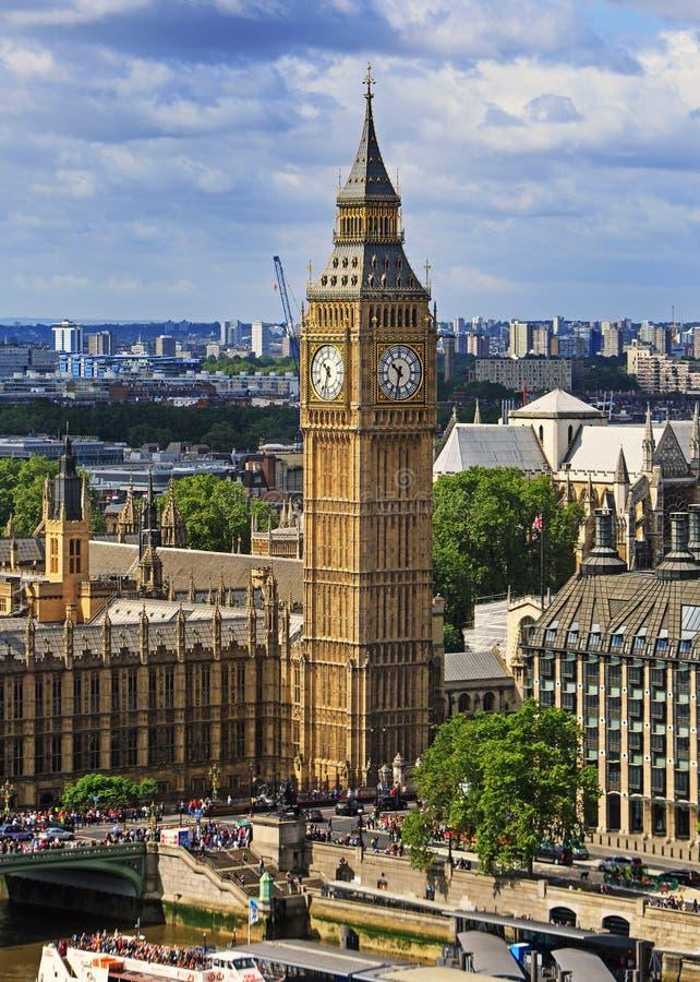 Ben Clock Tower grande bajo restauración - Londres, 2016 imagenes de archivo