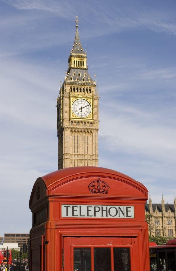 Download Ben stor båstelefon fotografering för bildbyråer. Bild av bifokal - 977481