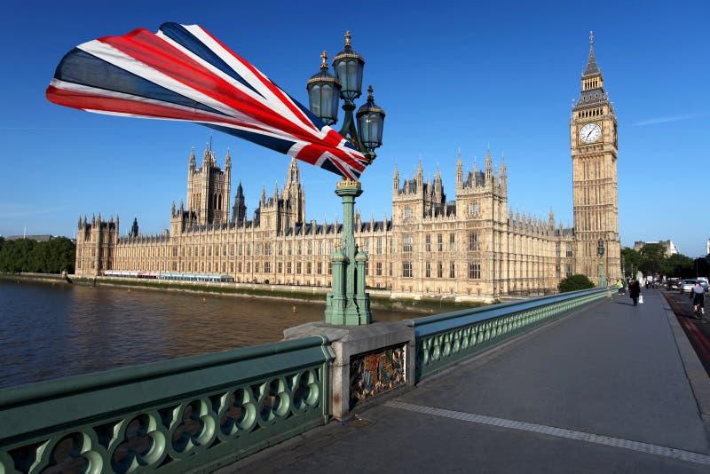 ben stor flagga london westminster royaltyfri foto