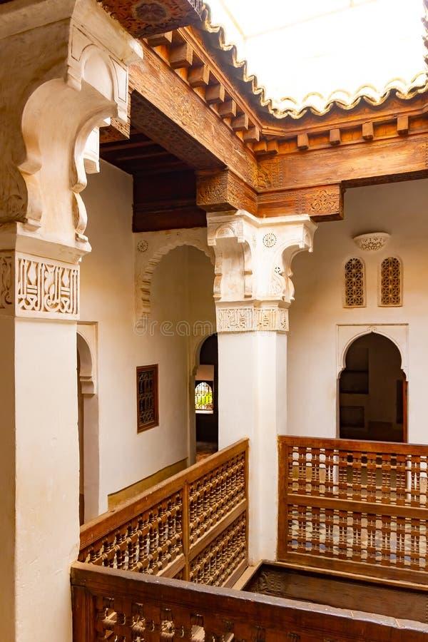 Ben Youssef Madrasa is een Islamitische universiteit en een grootste Madrasa in Marrakech, Marokko, Afrika royalty-vrije stock fotografie