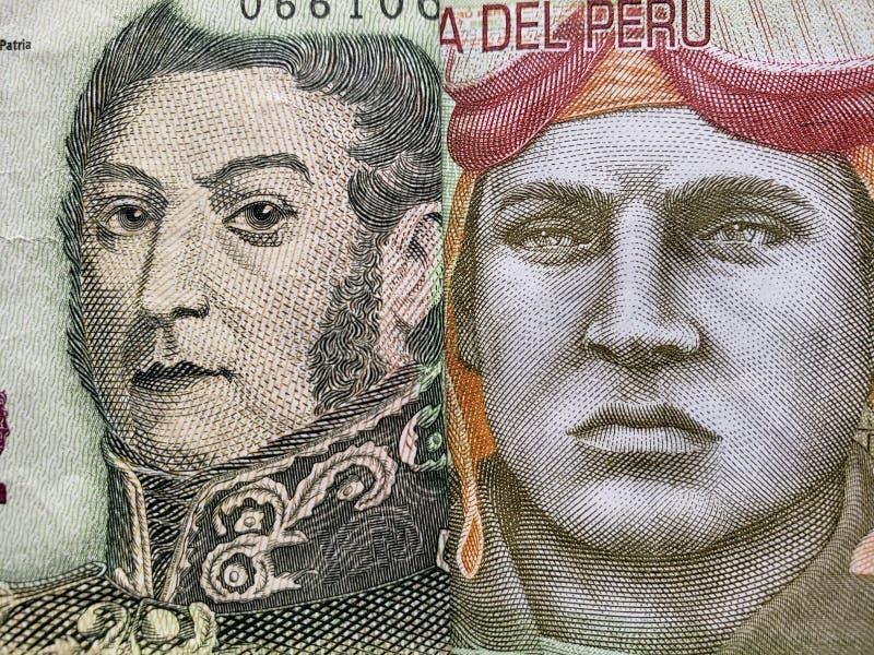 benadering van Argentijns bankbiljet van vijf peso's en Peruviaans bankbiljet van tien zolen