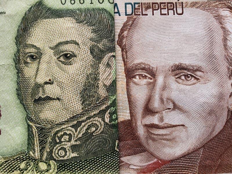 benadering van Argentijns bankbiljet van vijf peso's en Peruviaans bankbiljet van twintig zolen