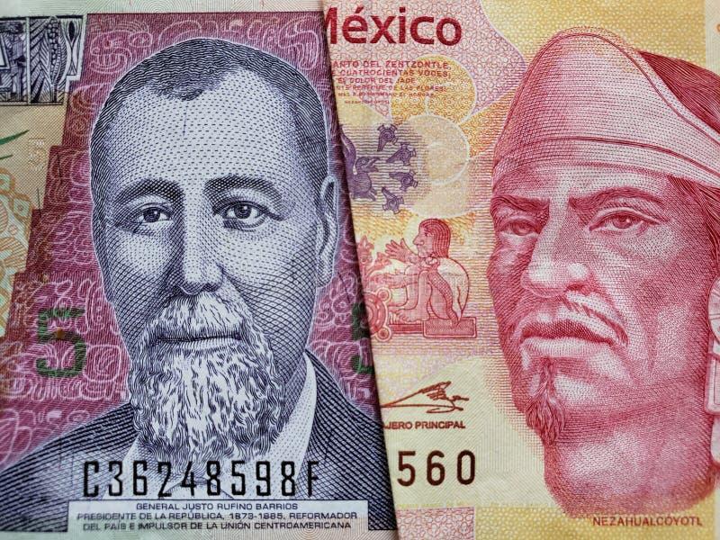 benadering van Guatemalaans bankbiljet van vijf quetzales en Mexicaans bankbiljet van 100 peso's