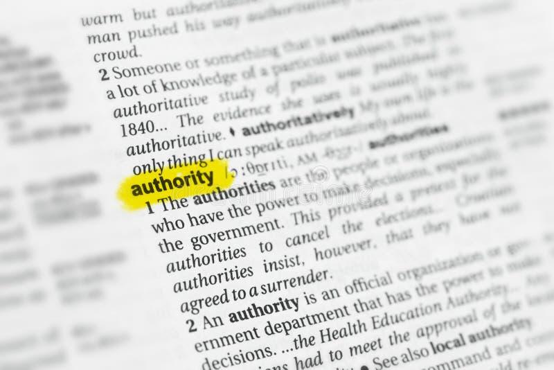 Benadrukte Engelse woord & x22; authority& x22; en zijn definitie bij het woordenboek royalty-vrije stock foto