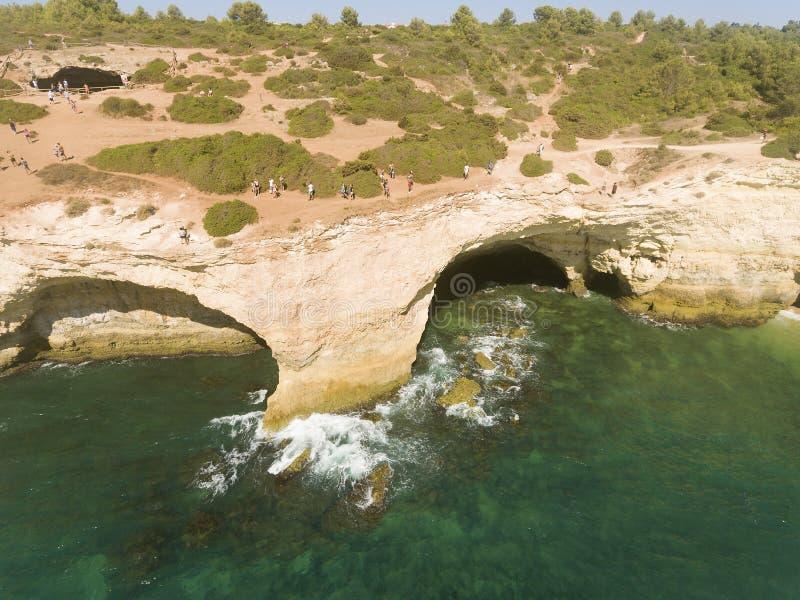 Benagil洞,拉戈阿 库存照片