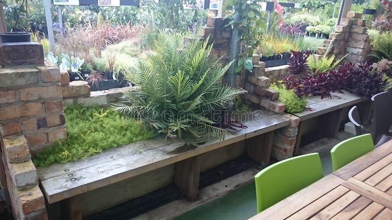 Download Bench image stock. Image du brique, montage, jardin, bench - 87707685