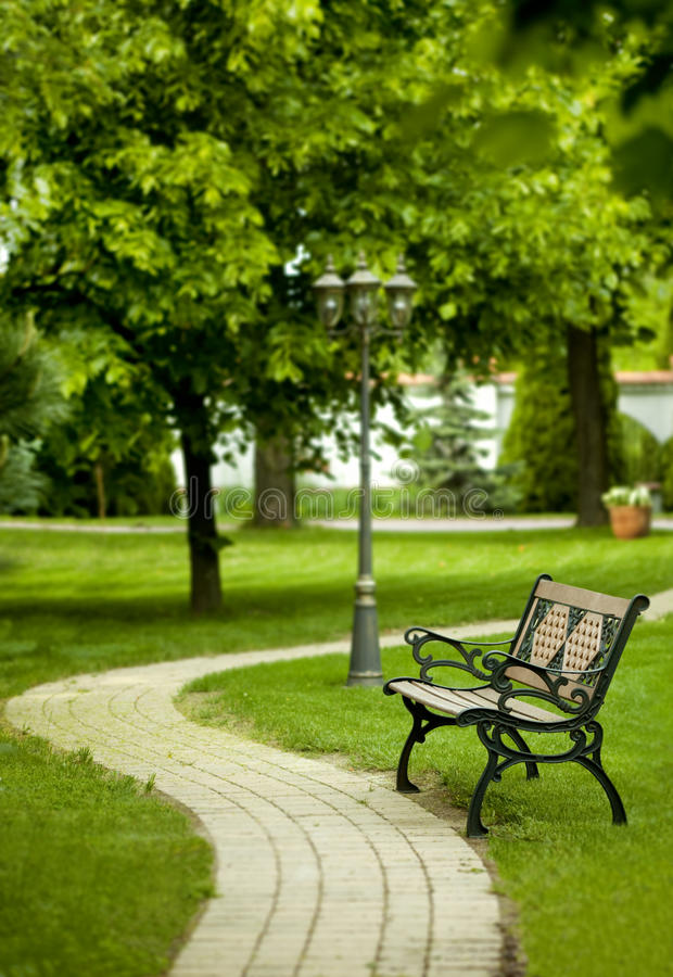 Free Bench In Park Stock Photos - 9490483