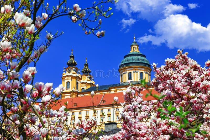 Benedictineabbotskloster royaltyfria bilder
