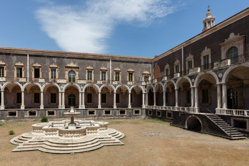 Benediktiner-Kloster von San Nicolo L ` Arena in Catania, Sizilien, lizenzfreies stockfoto