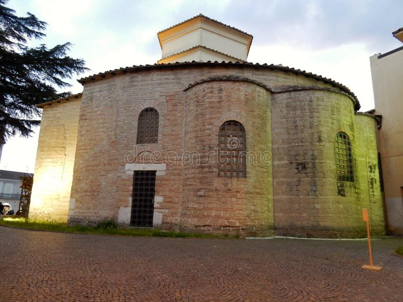 Benevento - Apsis van de Kerk van Santa Sofia royalty-vrije stock fotografie