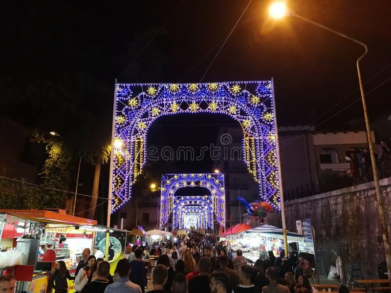 Benevento - Luminaries bij het Feest van Onze Dame van Gunst royalty-vrije stock fotografie