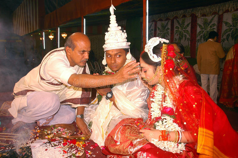Bengalese che wedding i rituali in India fotografie stock