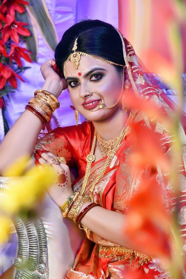 Bengali-Braut w?hrend der Heirat lizenzfreies stockfoto