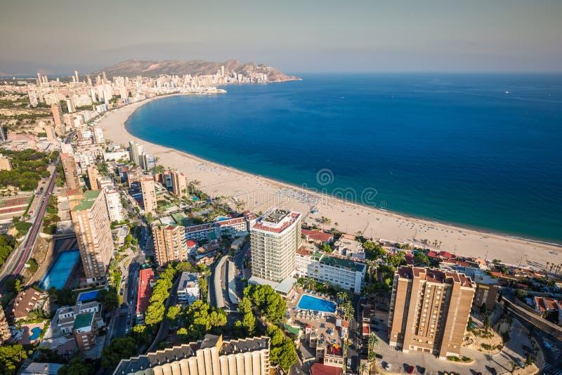 Benidorm levante plaży widok z lotu ptaka w Alicante Spain obraz stock